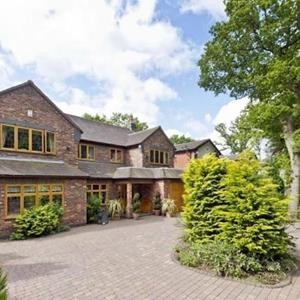 Eye Candy Wednesday, 6 Bedroom Detached in Solihull